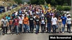 Marcha para protestar contra el Tribunal Supremo y para enfrentar el proceso constituyente.