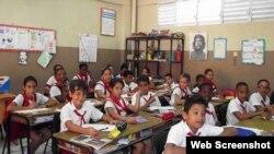 Estudiantes de enseñanza primaria en Cuba.