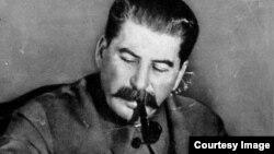 Iosef V. Stalin (1878-1953)
