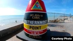 Las 90 millas a Cuba.