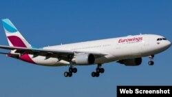 Avión de Eurowings, del grupo Deutsche Lufthansa AG.