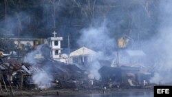 Localidad de Villarial, en la isla de Samar, Filipinas, tras la crecida de un río, a consecuencia del tifón Hagupithoy.