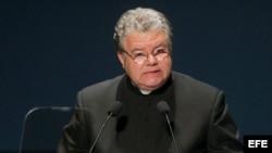 Misa de despedida al Padre Conrado en Santiago de Cuba
