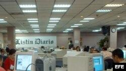 """Archivo - Sala de redacción del periodico """"Listin Diario"""" de Santo Domingo."""