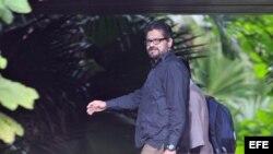 """El segundo jefe de las comunistas Fuerzas Armadas Revolucionarias de Colombia (FARC) y jefe de los delegados del grupo armado para los diálogos de paz, Luciano Marín, alias """"Ivan Márquez"""", en La Habana."""