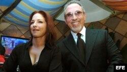 Fotografía de archivo de Gloria y Emilio Estefan.