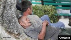 Ancianos a la deriva