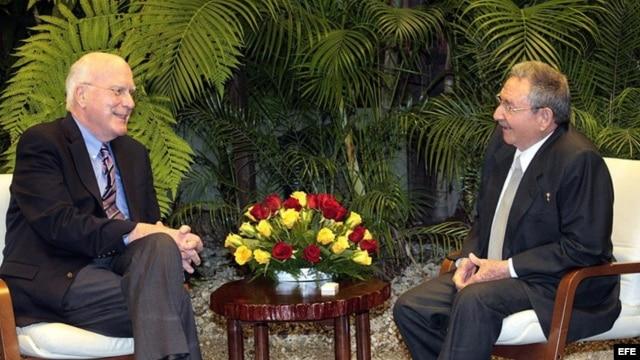Raúl Castro reunido con el senador estadounidense Patrick Leahy.