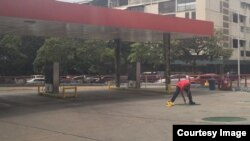 Crisis en Venezuela deja a las gasolineras sin combustible.