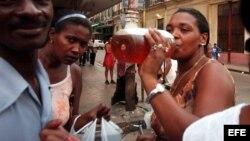 Aumenta cifra de fallecidos por ingestión de alcohol metílico