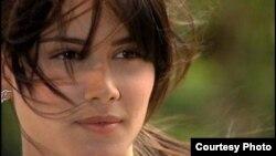 La actriz cubana Ariadna Núñez se encamina ahora hacia la música.