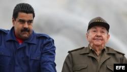 Nicolás Maduro y Raúl Castro. Foto: Archivo.