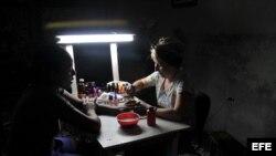 La mujer empresaria en Latinoamerica, trabas adopcion en Cuba, ingredientes nocivos en cosmeticos