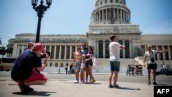 Cuentapropistas y negocios privados, alarmados por déficit de turistas en La Habana