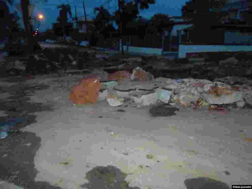 Calle Milagros esquina a Saco, en la barriada de Santos Suárez, del municipio 10 de Octubre en La Habana.