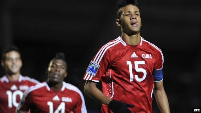 El jugador cubano Arturo Adrian Diz Pe en la serie contra Nicaragua de Concacaf