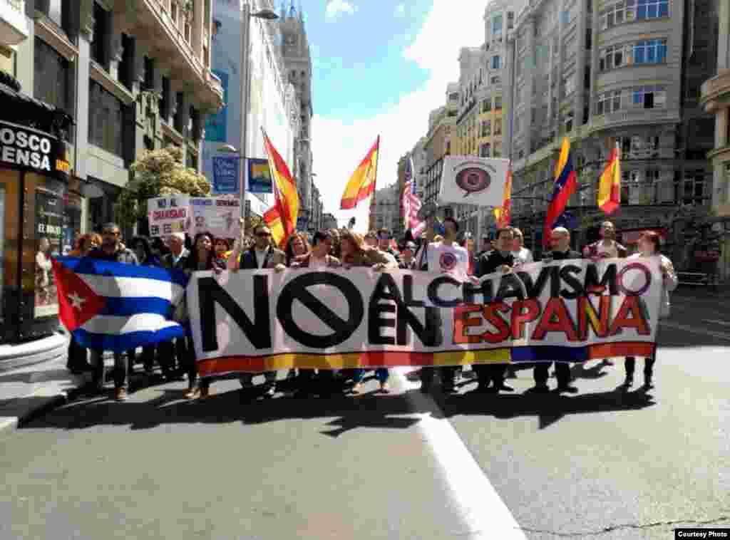 Manifestación contra Podemos en Madrid