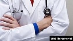 Acosan a estudiante de medicina por ser opositor