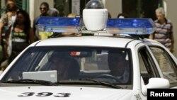 Foto Archivo. Una patrulla de la Policía Nacional Revolucionaria (PNR).