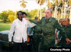 Mugabe de visita en Cuba