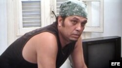 El actor Luis Alberto García en una escena del corto Monte Rouge, del cineasta Eduardo Del Llano.