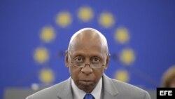 Fariñas pronuncia su discurso de aceptación del premio Sájarov en el Parlamento Europeo, en julio de 2013. (EFE/Archivo)