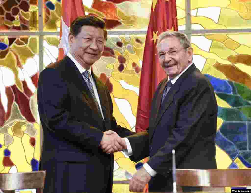 Pisando los talones a Putin, Xi JIngping visita La Habana y firma 29 acuerdos de cooperación.