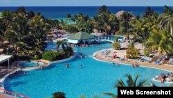 Hotel Meliá Cayo Coco. Cubanos consultados por Martí Noticias dicen que es una quimera acceder a los cayos turísticos para la mayoría en la isla.