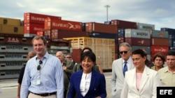 La secretaria de Comercio de EEUU, Penny Pritzker, visitó el Puerto de Mariel.