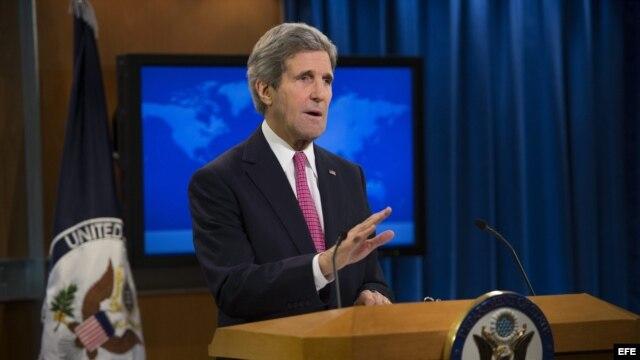 El secretario de Estado estadoundiense, John Kerry durante la presentación del informe anual sobre Derechos Humanos elaborado por el departamento de Estado en una rueda de prensa celebrada en Washington.