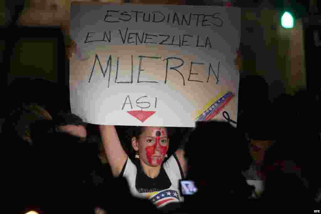 PROTESTAS EN CONTRA DE MADURO ANTES DE LA INVESTIDURA DE BACHELET