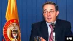 Fotografía de archivo del expresidente de Colombia, Álvaro Uribe .