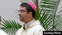Obispo Oscar Cantú, Las Cruces, Nuevo México.