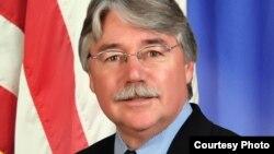 El Procurador General de EE.UU, Greg Zoeller.