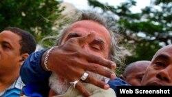 Agustín López víctima de violencia policial cuando intentaba reportar evento de activistas de derechos humanos