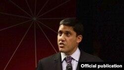 El director de USAID, Rajiv Shah, fue interrogado durante una audiencia senatorial acerca del programa ZunZuneo implementado por la agencia en Cuba