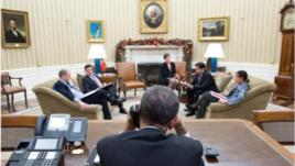 El presidente Barack Obama en la Casa Blanca durante su conversación con Raúl Castro la víspera del anuncio.