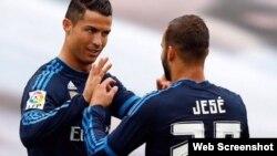 De izquierda a derecha, Cristiano Ronaldo y Jesé Rodríguez.