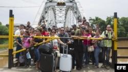 LOS NUEVOS CIERRES FRONTERIZOS CON VENEZUELA PROVOCAN OTRO ÉXODO COLOMBIANO