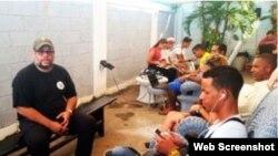 Los costos de la conexión de Wi-Fi los cubre el propio Kcho, según dijo al sitio Cubasí en el 2015.
