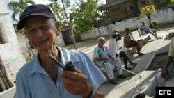 Afirman ancianos que la jubilación no alcanza para vivir