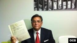 Carlos Ramírez, abogado de Aponte