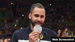 Osmany Juantorena, medalla de plata en voleibol.
