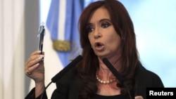 Cristina Fernández está obsesionada con reducir a cero la influencia en la opinión pública del grupo de prensa Clarín.