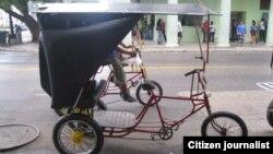 Reporta Cuba. Bicitaxis en La Habana. Foto: Mario Hechavarría.