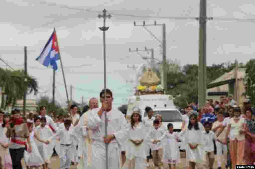 La Virgen de la Caridad recorre Cuba