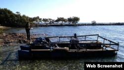 La embarcación encontrada en Cayo Tavernier.