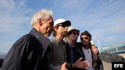 Cubanos, entre los recuerdos y la euforia, a la espera del concierto de los Rolling Stones.