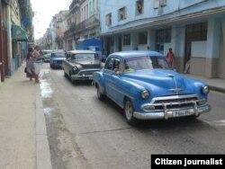 Los taxis particulares están viajando mayormente vacíos (Foto: Augusto C. San Martín)