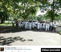Reporta Cuba Foto Angel Moya Marcha antes de arresto diciembre 13